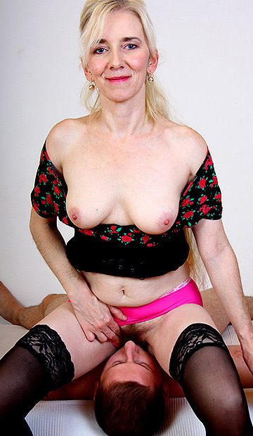Your Moms Here Mature Pussy 55