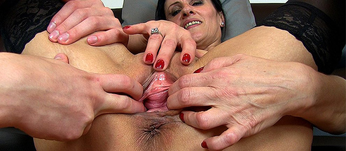 hairy nude fucking women s cunts videos